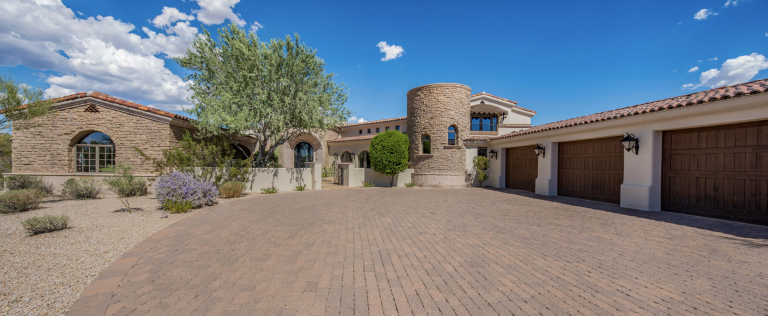 Tuscan style home in Scottsdale -