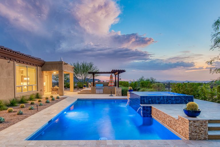 Stunning sunset and mountain views in North Scottsdale