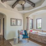 Expansive en-suite master in North Scottsdale