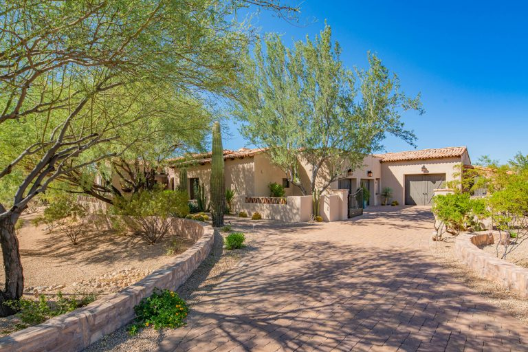 Tranquil North Scottsdale home